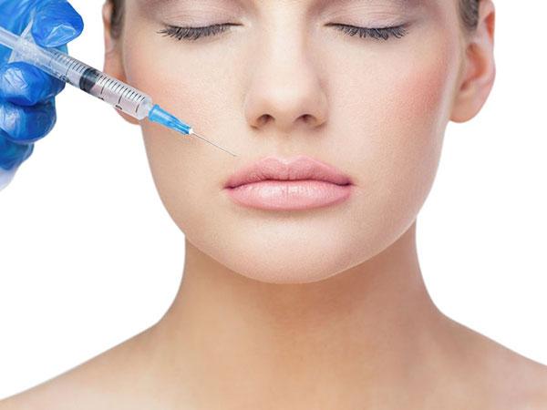 Контурная пластика (заполнение морщин и складок, объемное моделирование лица, увеличение объема губ)